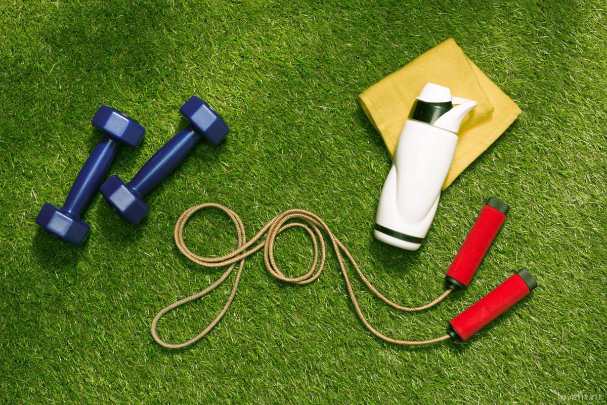 Весенний фитнес на свежем воздухе: как привести себя в форму к лету?